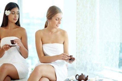 Een uitgebreide of standaard beauty high tea bij Nail & Beauty Point