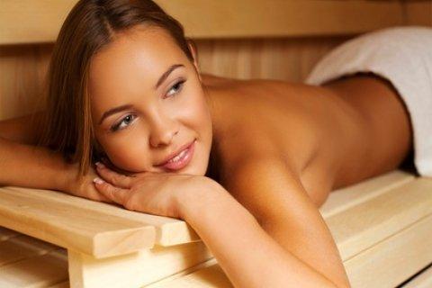 Toegang tot de sauna naar keuze met extra behandeling en lunch bij Linds Wellness