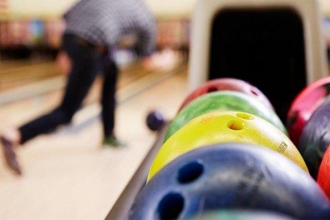Bowlen, bittergartinuur en Spiderpan-grillen bij Bowlingcentrum Mijdrecht