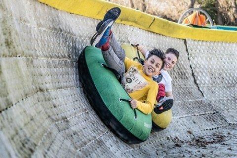 X-tremeTubing voor 2 - 8 pers. bij Outdoor Valley Wintersport